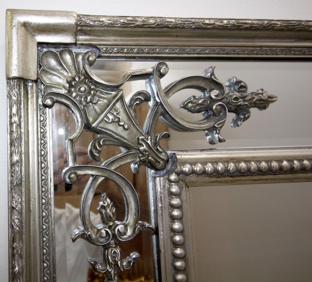 Barock modern wandspiegel mit holzrahmen antik silber for Wandspiegel silber modern